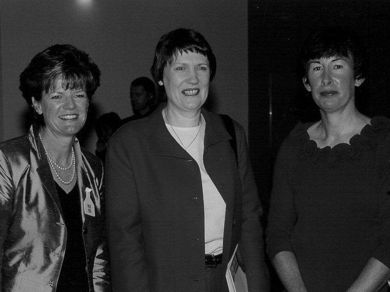 Willy Geck (L) and Robyn Clements (R) with Helen Clark at the 2003 Conference